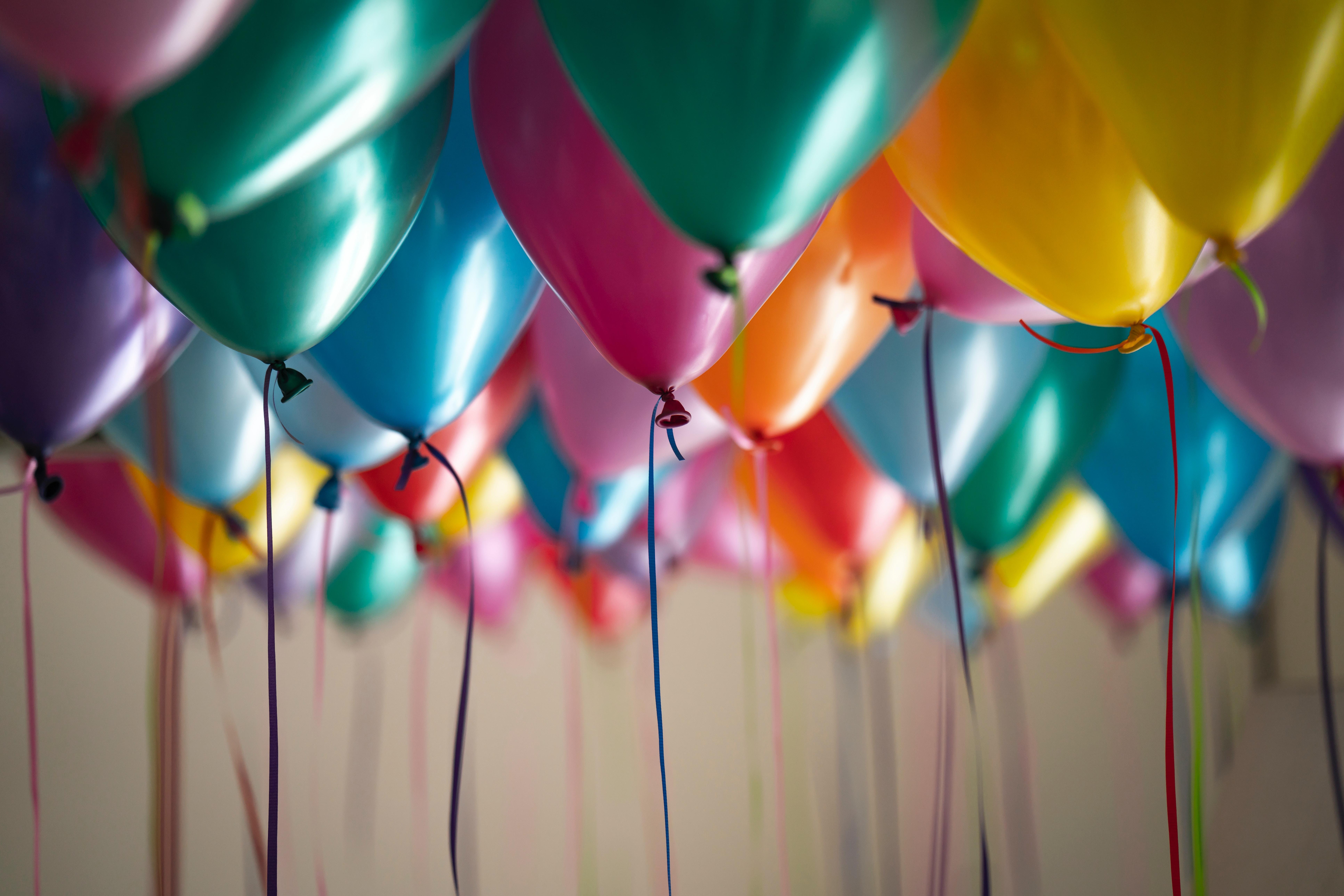 Planera en överraskningsfest